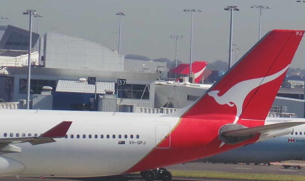 Final QANTAS 747 scheduled services for Los Angeles, Brisbane and Hong Kong