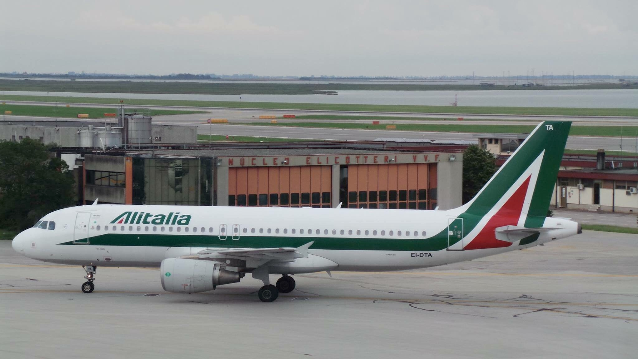 Lufthansa interested in ALITALIA