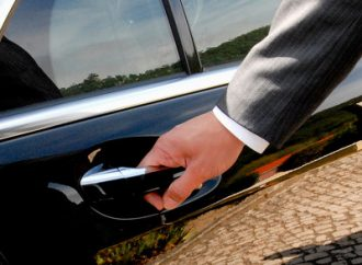 QANTAS axes its complimentary Chauffeur Drive service